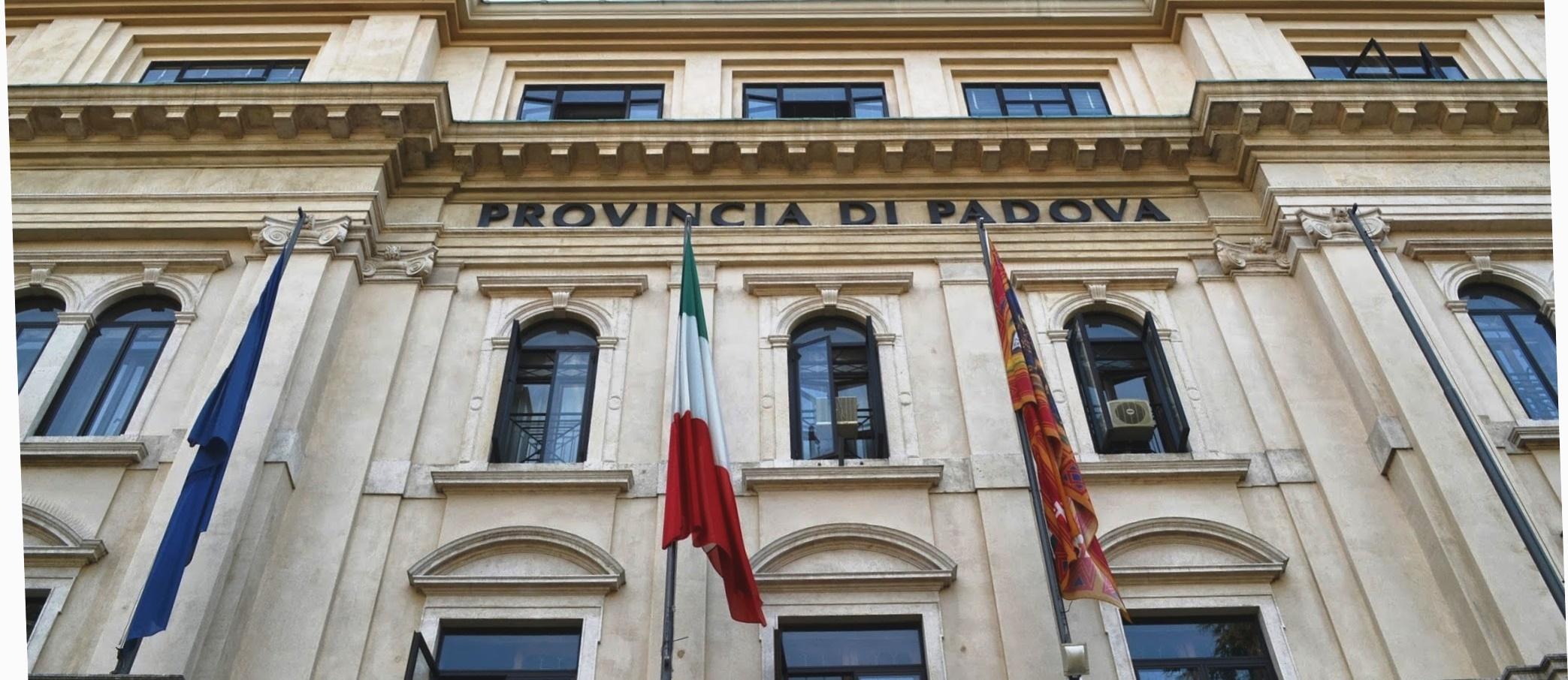 immagine della facciata di Palazzo Santo Stefano sede istituzionale della Provincia di Padova