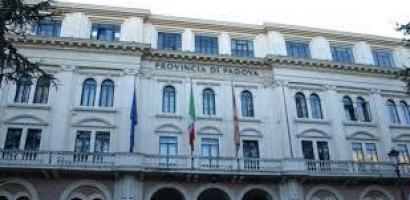 foto palazzo provincia